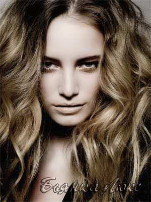 Сколько держится укладка волос