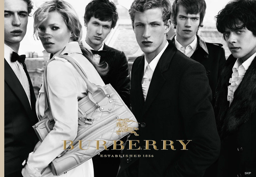 Burberry-Cara-Delevingne-Kate-Moss-02
