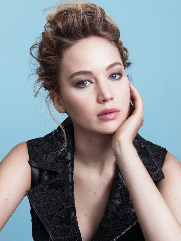 jennifer-lawrence-dior-2015-02