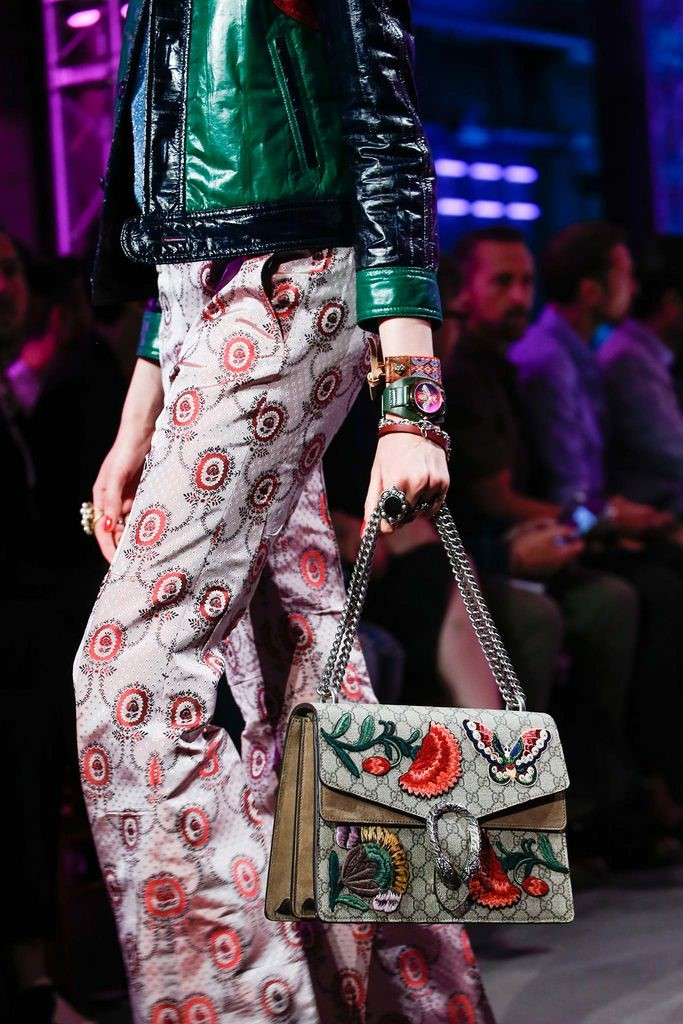 gucci-alessandro-michele-g-timeless-chasy-02