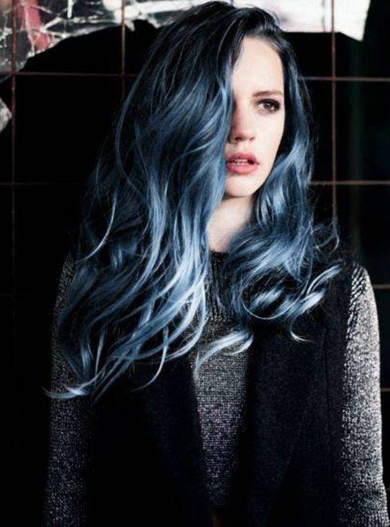 Синее омбре на черные волосы