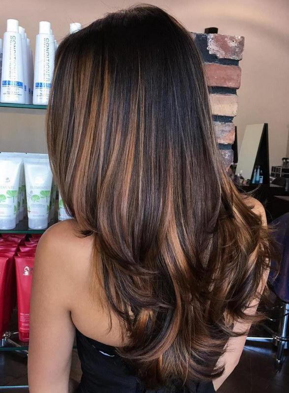 фото темные пряди на русых волосах