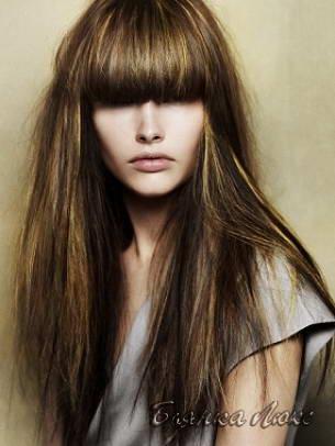 Причёски с прямой чёлкой на средние волосы