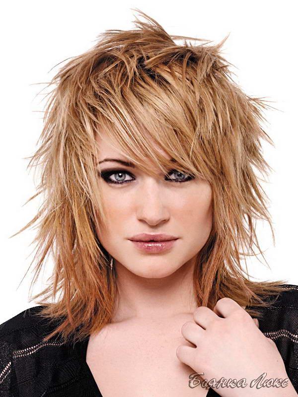 Стрижка женская на волосы средней длины